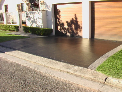 Painting new driveway painters for Can i paint asphalt driveway